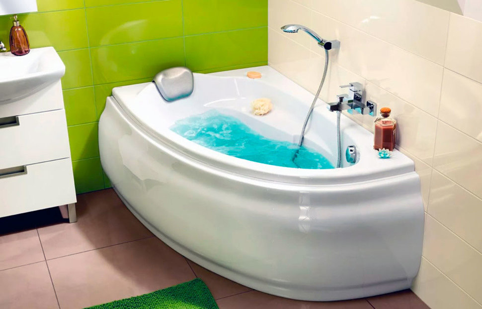 Как установить угловую акриловую ванну